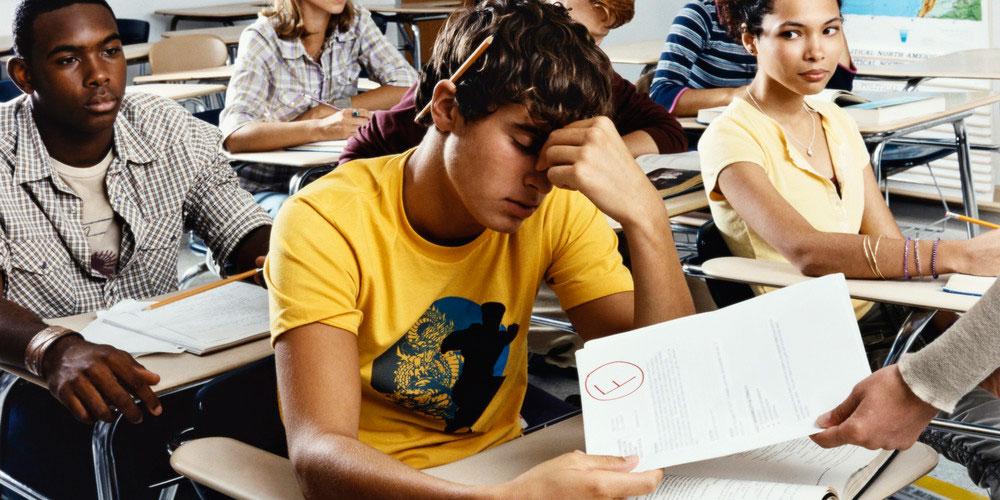 Jóvenes con Problemas Académicos