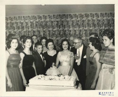 Quinceaños Latinos