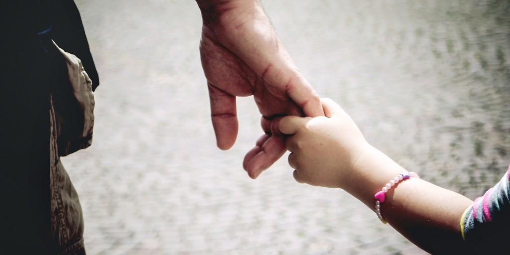 Relación entre padre y madre