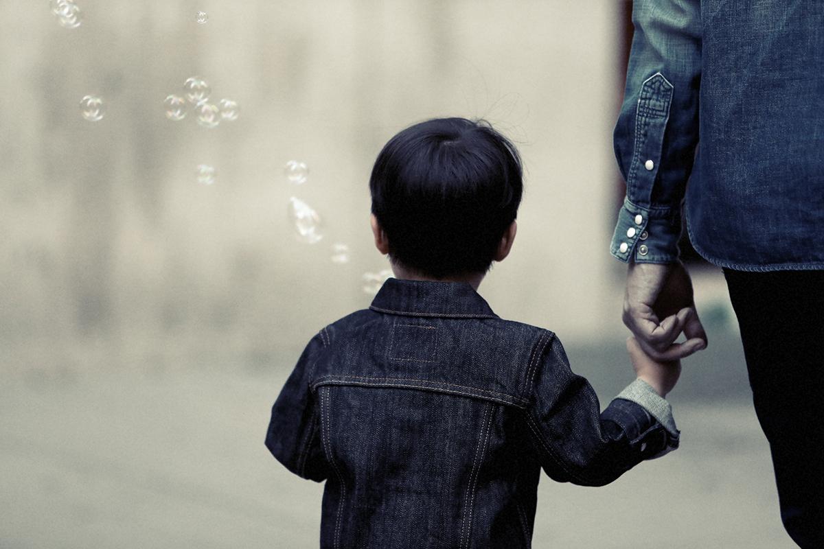Madre de Hijo con Problemas de Habla